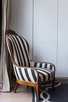 Shabby Chic Bedroom Elegant Upholstered Chairs with Black and White Stripes Bold Accents to Room Decor Reupholster Furniture, Upholstered Furniture, Upholster Chair, Chair Upholstery, Living Room Chairs, Living Room Furniture, Living Room Upholstered Chairs, Furniture Decor, Furniture Design