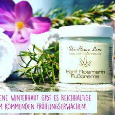 Jetzt nochmal ordentlich vorbeugen, damit wir im Sommer mit wunderbarer Haut glänzen können 😋  #fuß #fußcreme #hanf #hanffußcreme #krokus #wellness #flower #haut #skin #feelthenatureonyourskin #thehempline #thehemplinecosmetic #cosmetic #hempcosmetic #hanfkosmetik #kosmetik #hemp Hemp, Coconut Oil, Mason Jars, Wellness, Cosmetics, Sensitive Skin, Summer, Mason Jar, Glass Jars