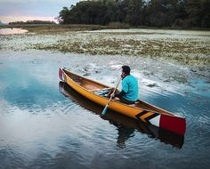 Sanborn Canoe Co. manufacture beautiful goods crafted around the culture of the canoeist. Their first canoe is this rustic marvel named Sanborn Prospector Canoe, made from some of the finest materials, like carbon-fiber, kevlar, fiberglass layup, che