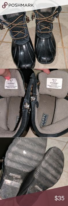 Sperrys waterproof Boots Black, grey comfy interior. Signs of wear include small scuffs which are barely noticeable due to black color. The top half feels like a suede material, very warm. Allot of life still left in these. Sperry Top-Sider Shoes