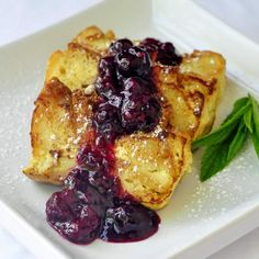 Bread Pudding French Toast with Mixed Berry Compote - the weekend is approaching and I'm already thinking of great brunch ideas. This is a family favorite!