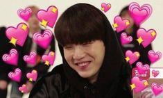 i am not jungkook (✅) Jin Cute, Jikook, Namjoon, Taehyung, Heart Meme, Kpop Memes, Bts Face, Cute Love Memes, Memes In Real Life