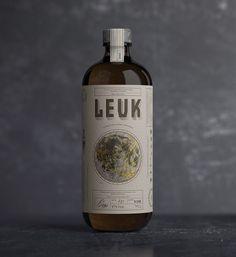 Leuk Gin Packaging by Pep Bernat Vizcaya
