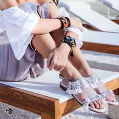 White walker sandal in front of the beach mood available 35-39 Please add our official line: @darlinjewelry for update new item. For International darlinjewelry@gmail.com Whatsapp +66852525256 www.darlinjewelry.com  #darlinjewelry#ootd#swarovski#jewelry#wegadl#jewelry#jewels#fashion#gems#bling#trendy#accessories#crystals#style#fashioninsta#instajewelry#stylish#fashionjewelry#fashionlovers#fashionista#ring#gemstone#rings#shoes#sandal#bracelet#shoes#darlinescapeordinary
