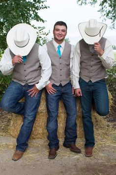 Ideas Wedding Country Groomsmen Cowboy Hats A country wedding and reception design is Jeans Wedding, Cowgirl Wedding, Wedding Men, Wedding Suits, Wedding Ideas, Men Wedding Attire, Cowboy Weddings, Wedding Trends, Dream Wedding