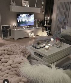 53 affordable apartment living room design ideas on a budget 31 - 16 room decor Apartment design ideas Apartment Living Room Design, Living Room Decor Cozy, Living Room Decor Apartment, Home And Living, Apartment Living, Living Room Designs, Apartment Living Room, Living Room Grey, House Interior