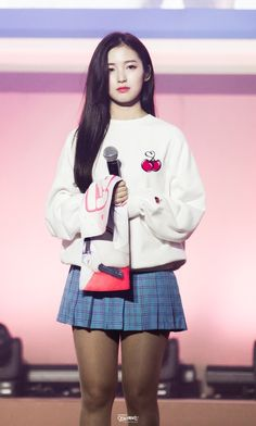 Arin Oh My Girl, Female Characters, Korean Girl Groups, Kpop Girls, Girl Outfits, Stage Outfits, Skater Skirt, Idol, Graphic Sweatshirt