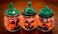 cute Jack-o-lanterns made from babyfood jars