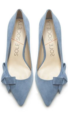 Dusty Blue Bow Pumps, pantone serenity, sky blue, french blue