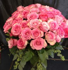 80 pink roses - that's a statement!