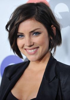 Immagine di http://www.theplace2.ru/archive/jessica_stroup/img/35061_JessicaStroup_.jpg.