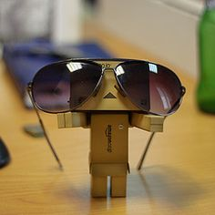 Danbo with shades Danbo, Cute Images, Cute Pictures, Cool Photos, Miss Piggy, Box Robot, Amazon Box, Cute Love Couple, Howl At The Moon