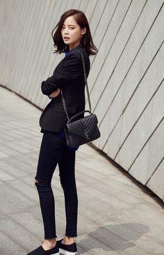 Black blazer with distressed black jean and Black Saint Laurent College Monogram Leather Bag - causal work style