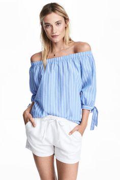 Блузка с открытыми плечами - Светло-голубой/Полоска - Женщины | H&M RU