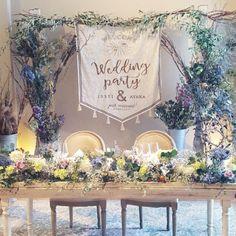 * 私が一番楽しみにしてた、高砂装花。 もう本当に可愛くて、可愛くて…。 手作りタペストリーもいい感じ! . 昨日、約1週間の新婚旅行から帰ってきたけど、まだまだ結婚式の余韻が抜けないな……⍤⃝ . #結婚式レポート #高砂装花 #結婚式diy #ちーむ0520