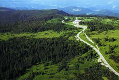 """Schwarzwaldhochstraße - Germany - A wide road, fast, easy, except the descent of Baden-Baden where tight turns are well marked and equipped. Very different from its counterpart in the Vosges called """"Route des Crêtes"""". http://www.seebach-tourismus.de (see also the PDF booklet http://www.schwarzwald-tourismus.info/region/touristische_strassen/schwarzwaldhochstrasse )."""