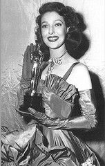 """1948 Loretta Young with Oscar for - Best actress- """"The Farmer's Daughter"""""""