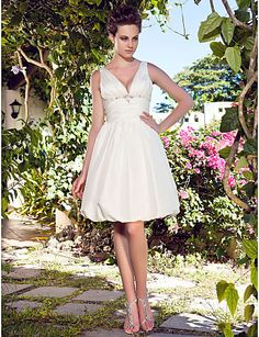 a-line-halter-short-mini-taffeta-wedding-dress_zszopo1336710271187.jpg