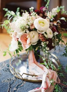 too much pink but love the bouquet shape and flower mix