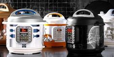 Star Wars Instant Pots are here! Now can cook your dinner! Sadly, there's no Baby Yoda Instant Pot. But the pots do include recipes like Chewie's Chili! (No porgs required). Star Wars Food, Star Wars Cast, Lego Star Wars, Star Wars Kitchen, Star Wars Droids, Cast Iron Cookware, Star Wars Collection, Pressure Cooking, Instant Pot