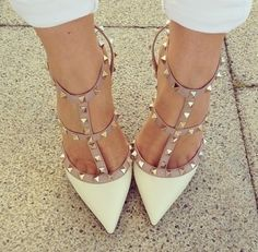 Nude and Offwhite Valentino Rockstud Pumps #Rockstud #Valentino #Shoes