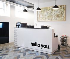 Inside Out Contracts: Headspace Group, London Welcoming reception desk Office Reception Design, Reception Rooms, Spa Reception Area, Salon Reception Desk, Waiting Room Design, Office Waiting Rooms, Clinic Interior Design, Desk Inspiration, Office Interiors