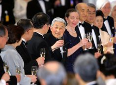 On 20th April 2016, Emperor Akihito and Empress Michiko attended the 32nd Award Ceremony of the Japan Prize at the Tokyo International Forum. After the award ceremony, Their Imperial Majesties attended the banquet at the Imperial Hotel in Tokyo.