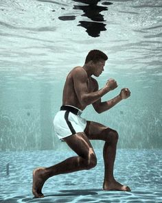 Muhammad Ali in Life Magazine, September 1961 by Flip Schulke. Muhammad Ali Wallpaper, Boxe Fight, Stallone Rocky, Muhammad Ali Boxing, Boxing Posters, Boxing History, Float Like A Butterfly, Black Love Art, Sports Wallpapers
