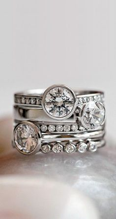 Modern Stacked Rings
