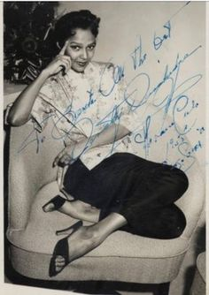Publicity photo of Dorothy Dandridge from her cabaret session in Havana Cuba (circa Vintage Black Glamour, Vintage Beauty, Old Hollywood Stars, Hollywood Glamour, Classic Hollywood, Best Actress Oscar, Dorothy Dandridge, Black Actresses, Classic Beauty