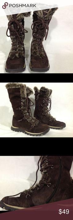 Sketchers brown leather boots 8 great condition. Partially faux fur lined. Lightly used. Great condition. You're going to enjoy it for many years. Suede leather upper. Lace up. Side zipper. Skechers Shoes Lace Up Boots