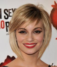 hair styles for a formal oltre 1000 idee su caschetto scalato su bob 5070