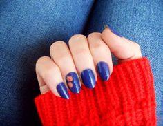 *matchy nails*