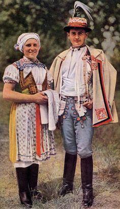 Europe | Portrait of a Moravian couple wearing traditional clothes, Velká nad Veličkou, Horňácko, Slovácko, Moravia