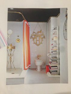 eclectic bathroom Decorate by Holly Becker and Joanna Copestick. No color on the floors and walls but white. Love the black ceiling and the gold metal accents. Even in a white room adding color gives it zing. Bad Inspiration, Bathroom Inspiration, Interior Inspiration, Eclectic Bathroom, Modern Bathroom, Gold Bathroom, Bathroom Interior, Small Bathrooms, Quirky Bathroom
