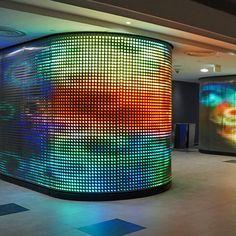 Architekturgewebe | HAVER & BOECKER OHG : Referenz-Detailseite Interactive Exhibition, Exhibition Space, Digital Wall, Digital Signage, Column Design, Video Wall, Retail Interior, Light Installation, Booth Design