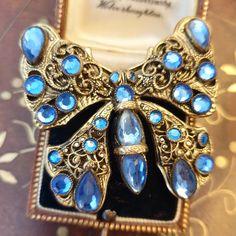 Vintage Jewellery, Vintage Costume Jewelry, Vintage Costumes, Antique Jewelry, Blue Butterfly, Vintage Butterfly, Butterfly Jewelry, Gifts For Nan, Gem Shop