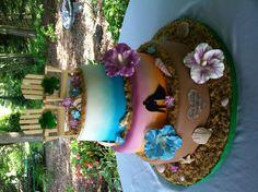 Tropical and Irish themed wedding cake