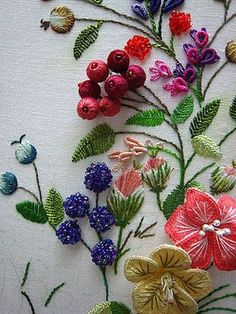 Colorful Stumpwork Embroidery - Di van Niekerk