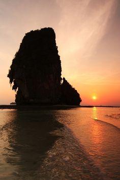 *Sunset at Phra Nang beach, Krabi, Thailand