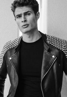KEISER CLARK studded shoulder leather  Moto jacket