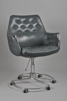 Bruno Mathsson; Chromed Metal 'Milton' Chair, 1980.