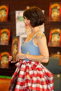 Pictures From Evangeline Lilly - 'the Squickerwonkers Vol. 1' Book ...