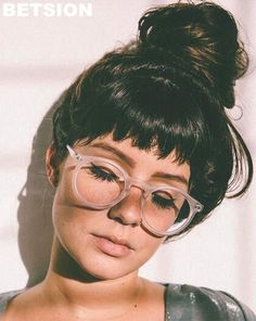 Best Ideas For Glasses Frames For Women With Short Hair Eyewear - Best . - Best Ideas For Glasses Frames For Women With Short Hair Eyewear – Best Ideas For Glasses - Short Hair Glasses, Cool Glasses, New Glasses, Super Glasses, Men With Glasses, Womens Glasses Frames, Eyeglasses Frames For Women, Hipster Pictures, Lunette Style