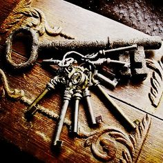 I have always loved old skeleton keys. I think they're so beautiful. I was excited when I saw that the talented jewelry designer behind the Etsy shop Beyond the Rockz was inspired to create necklaces based on his own collection of antique and vintage keys (from Hooked on houses)