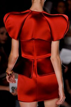 Alexandre Vauthier at Couture Fall 2011 - Details Runway Photos Couture Fashion, Runway Fashion, Fashion Show, Fashion Trends, Colourful Outfits, Colorful Fashion, Fashion Designer, Designer Dresses, Fashion Degrees