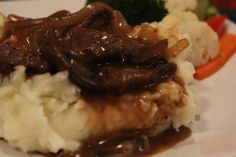 Steak tips with Garlic Mashed Potatoes