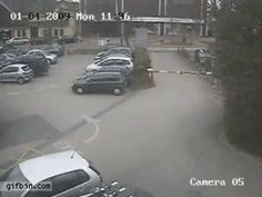 10 Moving GIFs Of Exceptionally Brutal Traffic Barriers from Funny Uploaded Content, K?...