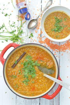 Indiase Dahl linzensoep Super Healthy Recipes, Veggie Recipes, Indian Food Recipes, Asian Recipes, Soup Recipes, Cooking Recipes, Best Lentil Soup Recipe, Vegan Lentil Soup, Indian Lentil Soup
