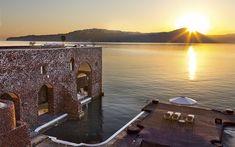 Perivolas Hideaway is an Oasis of Mediterranean Luxury and Greek Opulence in Santorini Surfing Tips, Greece Hotels, Waterfront Property, Water Photography, Windsurfing, Big Waves, Jpg, Greek Islands